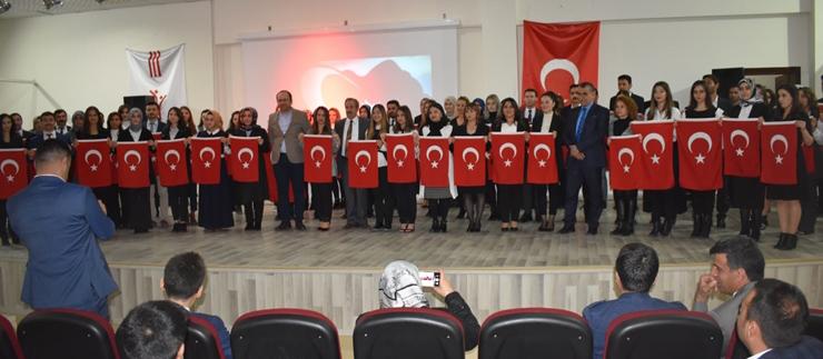 ADİLCEVAZ'DA 24 KASIM ÖĞRETMENLER GÜNÜ KUTLANDI
