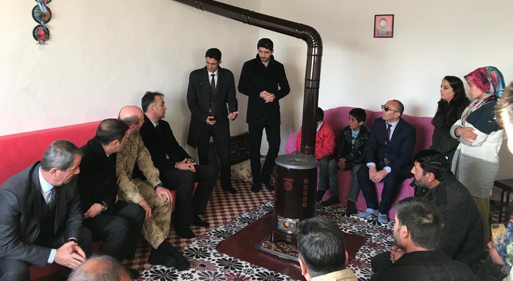 Vali Oktay Çağatay, Adilcevaz'da Taziye Ziyaretinde Bulundu